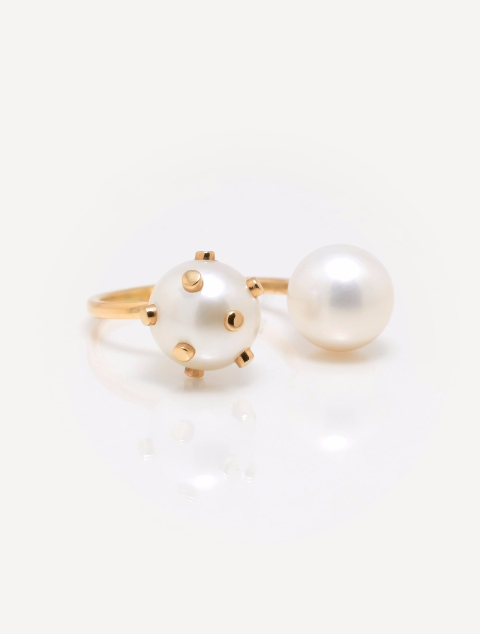 Gold Dot Double Pearl Ring